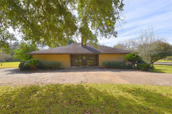 Photo of 2850 Westchester Circle, Pearland, TX 77584 (MLS # 85007911)