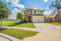 Photo of 125 Meadow Ridge Way, Clute, TX 77531 (MLS # 86062630)