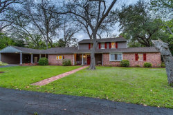 Photo of 312 Oyster Creek Drive, Lake Jackson, TX 77566 (MLS # 87455710)