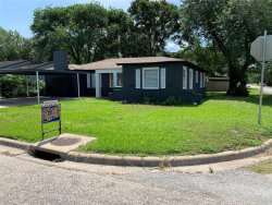 Photo of 1311 Alvin Street, El Campo, TX 77437 (MLS # 87977171)