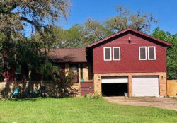 Photo of 411 Tamarind Street, Lake Jackson, TX 77566 (MLS # 89755351)