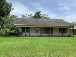 Photo of 2747 N Mechanic Street, El Campo, TX 77437 (MLS # 92182751)