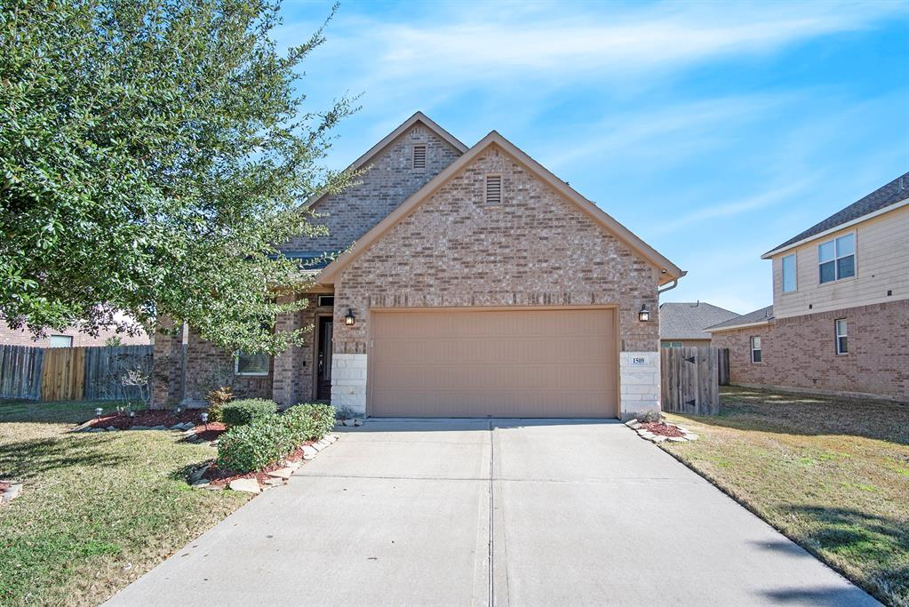 Photo for 1509 Pastureview Drive, Pearland, TX 77581 (MLS # 93105076)