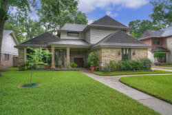 Photo of 30 Devonshire Drive, Conroe, TX 77304 (MLS # 94346106)