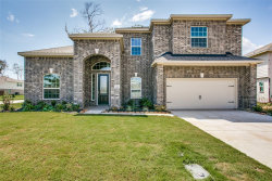 Photo of 202 Timber Grove Court, Clute, TX 77531 (MLS # 94556073)