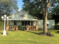 Photo of 208 E 3rd, Louise, TX 77455 (MLS # 95618684)