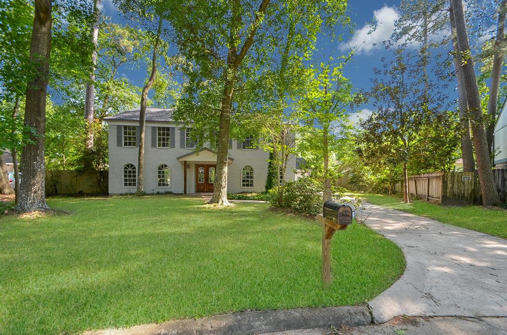 Photo for 2214 Villa Creek Drive, Houston, TX 77339 (MLS # 98034281)
