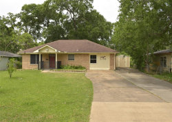 Photo of 2109 Holly Drive, Dickinson, TX 77539 (MLS # 98082228)