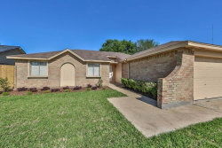 Photo of 16335 Quail Park Drive, Houston, TX 77489 (MLS # 9834241)