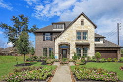 Photo of 200 Bentwater Lane, Clute, TX 77531 (MLS # 98385705)