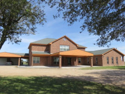 Photo of 719 County Rd 411, El Campo, TX 77437 (MLS # 72454951)