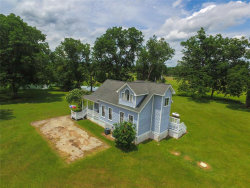 Photo of 9701 County Road 160, Boling, TX 77420 (MLS # 98038993)