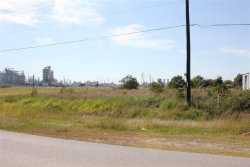 Photo of 0 Commerce Street, Clute, TX 77531 (MLS # 10374677)