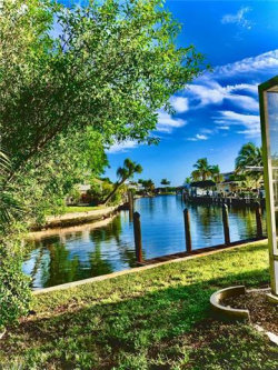 Photo of 271 Sterling AVE, Fort Myers Beach, FL 33931 (MLS # 220041990)