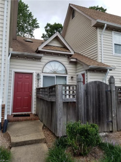 Photo of 337 D Wimbledon Chase, Chesapeake, VA 23320 (MLS # 10146645)
