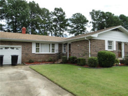Photo of 1120 Lakeview Drive, Portsmouth, VA 23701 (MLS # 10150792)