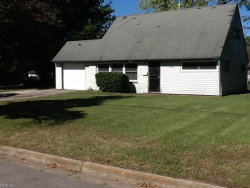 Photo of 1806 Meadow Lake Drive, Norfolk, VA 23518 (MLS # 10157953)