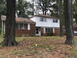 Photo of 11 Balmoral Drive, Hampton, VA 23669 (MLS # 10161190)