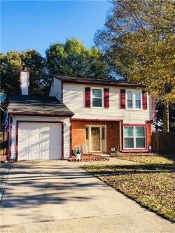 Photo of 904 White Oak Court, Chesapeake, VA 23320 (MLS # 10162124)