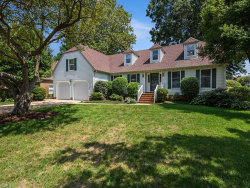 Photo of 1129 Fairway Drive, Chesapeake, VA 23320 (MLS # 10170433)
