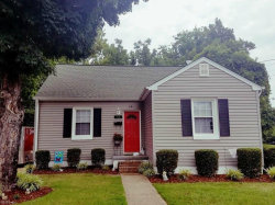 Photo of 28 Monroe Drive, Hampton, VA 23669 (MLS # 10170833)
