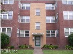 Photo of 538 Washington Park, Unit B2, Norfolk, VA 23517 (MLS # 10189565)