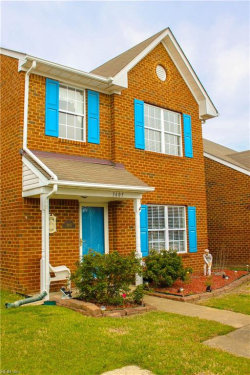 Photo of 3605 Whitechapel Arch, Chesapeake, VA 23321 (MLS # 10190037)