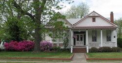 Photo of 260 Newport News Avenue, Hampton, VA 23669 (MLS # 10228282)