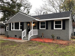 Photo of 5 Fox Grove Drive, Hampton, VA 23664 (MLS # 10228305)