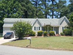 Photo of 6 River Cove, Portsmouth, VA 23703 (MLS # 10259884)
