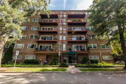 Photo of 1024 Gates Avenue, Unit 3B, Norfolk, VA 23507 (MLS # 10270692)