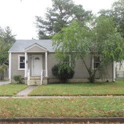 Photo of 2616 Lens Avenue, Norfolk, VA 23509 (MLS # 10286488)
