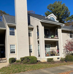 Photo of 340 River Forest Road, Unit 11, Virginia Beach, VA 23454 (MLS # 10352017)