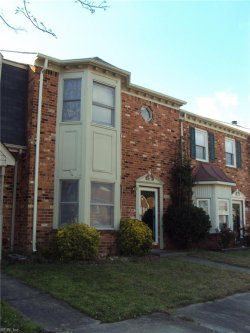 Photo of 830 Creekside Crescent, Chesapeake, VA 23320 (MLS # 10266596)