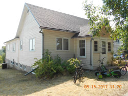 Photo of 336 Illinois ST, Chinook, MT 59523 (MLS # 17-185)