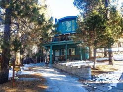 Photo of 42886 Hawk Drive, Big Bear Lake, CA 92315 (MLS # 31893452)