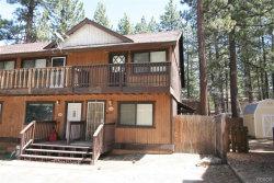 Photo of 625 Summit Boulevard, Big Bear Lake, CA 92315 (MLS # 31905098)