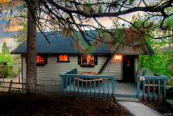 Photo of 593 Chipmunk Lane, Big Bear Lake, CA 92315 (MLS # 32000215)