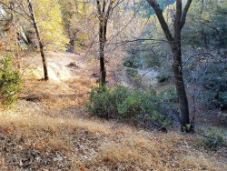 Photo of 0 Hillside Spur, Cedar Glen, CA 92321 (MLS # 3170053)