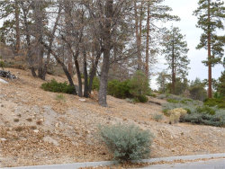 Photo of 324 Starlight Circle, Big Bear Lake, CA 92315 (MLS # 3175326)