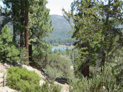 Photo of 40587 Ironwood Drive, Big Bear Lake, CA 92315 (MLS # 3182564)