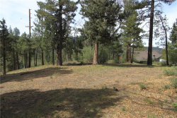 Photo of 42860 Cougar Road, Big Bear Lake, CA 92315 (MLS # 3184823)