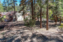 Photo of 39033 Bayview Lane, Big Bear Lake, CA 92315 (MLS # 3189031)
