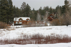 Photo of 43536 Shasta Road, Big Bear Lake, CA 92315 (MLS # 31900044)