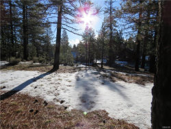Photo of 39761 Lakeview, Big Bear Lake, CA 92315 (MLS # 31902387)