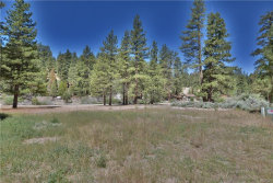 Photo of 1076 Cherokee Street, Fawnskin, CA 92333 (MLS # 31906352)