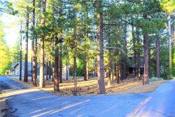 Photo of 39942 Lakeview Drive, Big Bear Lake, CA 92315 (MLS # 31906547)