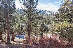 Photo of 43826 Yosemite Drive, Big Bear Lake, CA 92315 (MLS # 32006468)