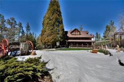 Photo of 869 Knickerbocker Road, Big Bear Lake, CA 92315 (MLS # 3170040)