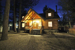 Photo of 450 Jeffries Road, Big Bear Lake, CA 92315 (MLS # 3171830)